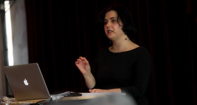 Anne Krebiehl, MW beim Internationalen Spätburgunder Symposium 2017
