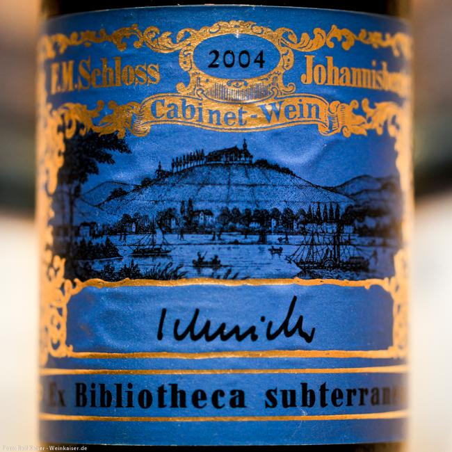 2004er Schloss Johannisberger Riesling mit blauem Ex Bibliotheca subterranea Etikett