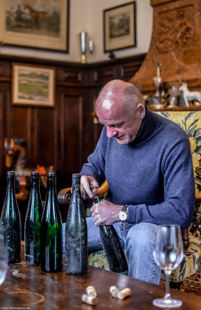 Der Weinkaiser zu Gast zu Scharzhof bei TBA König Egon Müller