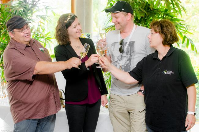 Traditioneller Abschluss des Vinocamps Deutschland: Sektempfang mit Deutschen Weinprinzessin
